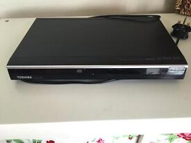 TOSHIBA DVD PLAYER EXCELLENT CONDITION