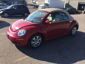 2010 Volkswagen New Beetle AUTOMATIC / CONVERTIBLR / ONLY 75K
