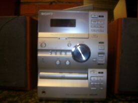 SONY CP11 STEREO SYSTEM