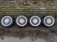 Set of 4 alloy wheels and tyres for Ford Focus