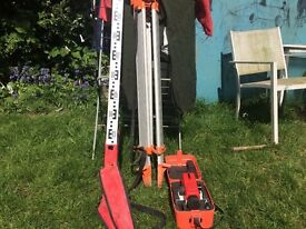 GEOLEVEL AL32 WITH TRIPOD AND telescopic aluminium staff with bag