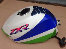 Kawasaki ZXR 750 L Fuel Petrol Tank Very Good Condition no Dents or Damage