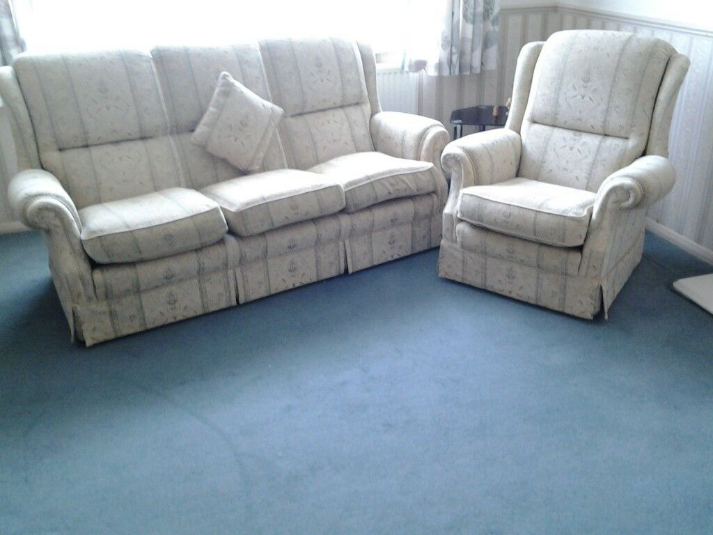 Admirable Sofa And 2 Chairs With Additional Cream Plumbs Fitted Covers Meets Fire Regulations In Whitstable Kent Gumtree Beatyapartments Chair Design Images Beatyapartmentscom