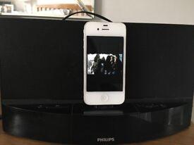 I phone 4 , docking station , case plug lead