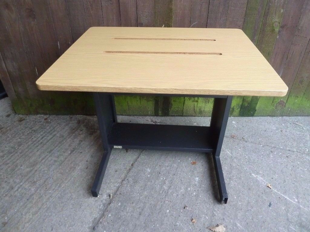 Small Size Study Bedroom Desk Delivery Available £10