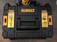 Dewalt Brushless Twin Pack 18v 4.0Ah **Brand New Sealed**