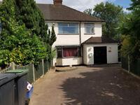 4 bedrooms to rent Loughton Essex.