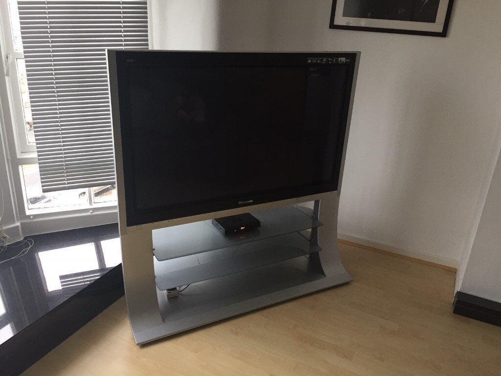 50 inch panasonic viera plasma tv with curved stand in southport merseyside gumtree. Black Bedroom Furniture Sets. Home Design Ideas