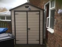 Keter shed 6 foot x 5 foot excellent condition