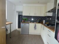 £380 PCM, Room in a Shared House, Ferry Road, all bills included, Grangetown, Cardiff, CF11 7DX