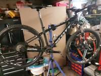 Scott 710 scale mountain bike