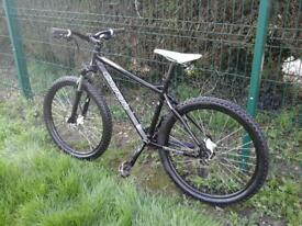 CARRERA MOUNTAIN BIKE FRONT SUSPENSION 26 INCH WHEELS 24 GEARS HYDRAULIC BRAKES 18 INCH FRAME £ 250