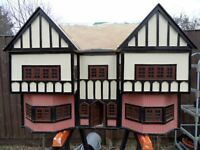 Vintage Dolls House needs TLC