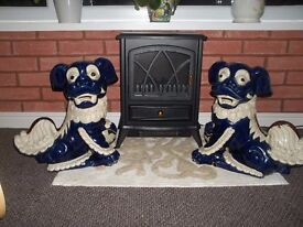 Pair of ceramic Chinese Lion Dogs - £15.00