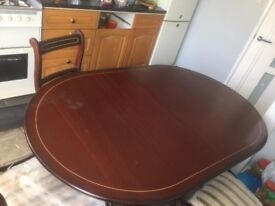 Dining table vintage look 6 chairs