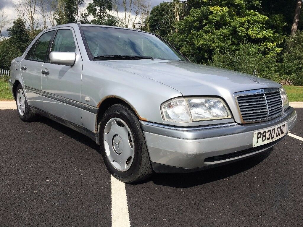1997 p mercedes benz c250 td elegance 4 dr saloon 1 owner from new in kirkby in ashfield. Black Bedroom Furniture Sets. Home Design Ideas