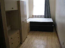 2 bedroom flai in Chiswick