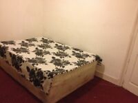 Short let Double room between Stratford & Plaistow station