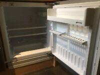SMEG fr 158 integrated fridge