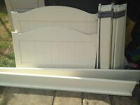 Single bed frame white and wooden