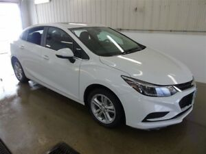 2017 Chevrolet Cruze LT, Sunroof, Heated Seats