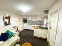RENT 1 Bed Ground Floor Annex Flat to Bush Hill Park Station
