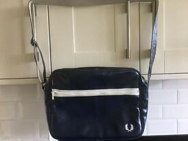 Fred Perry messenger bag