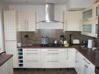 Property Maintenance, Handy Man , Driveways,Gardening,Tilling,Flooring,DIY,Bathrooms,Kitchen