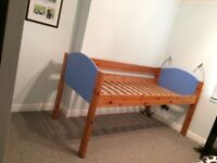 STOMPA 3ft Single Bed. Pine and Sienna Blue. Mid Sleeper. Ex Condition.