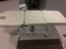 3 section hydraulic beauty/massage bed