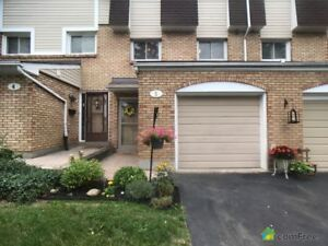 $329,900 - Townhouse for sale in Hamilton
