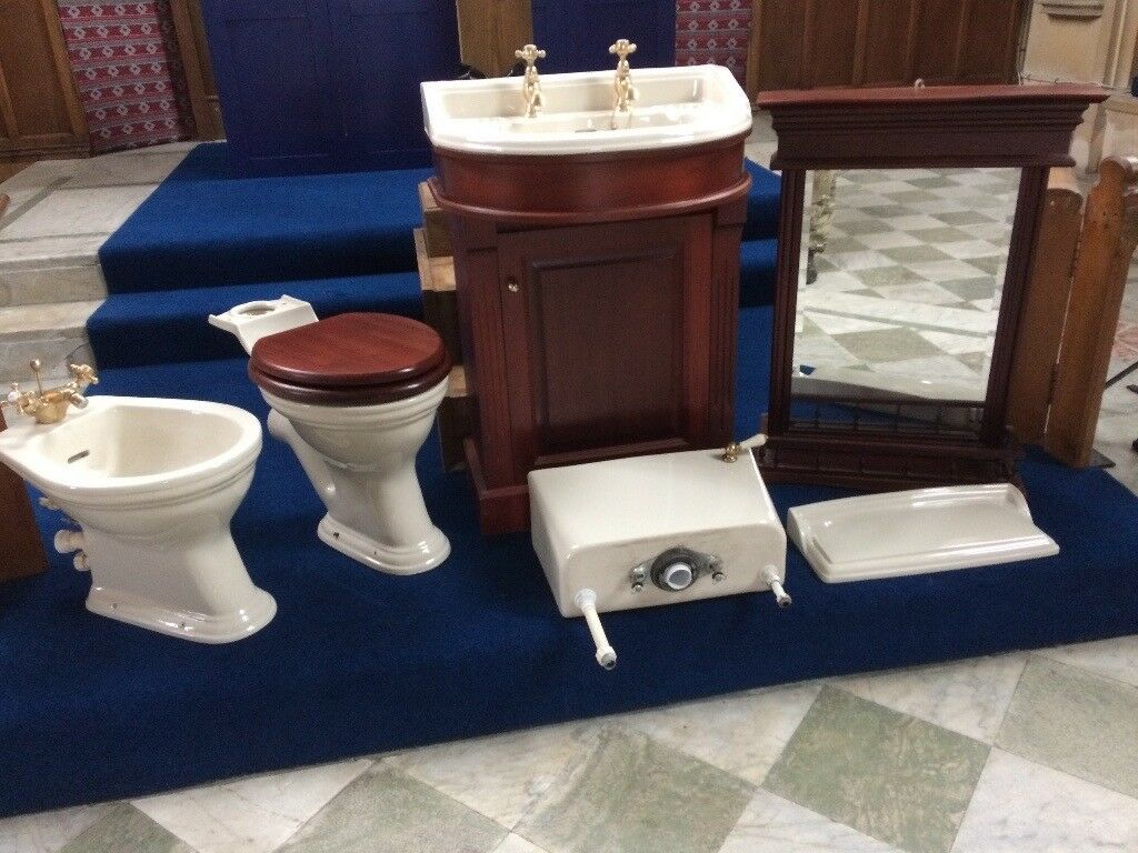 Beautiful Classic Heritage Toilet Suite Toilet Cistern