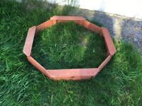 PLUM OUTDOOR PLAY TREASURE BEACH WOODEN SAND PIT (SECOND HAND)
