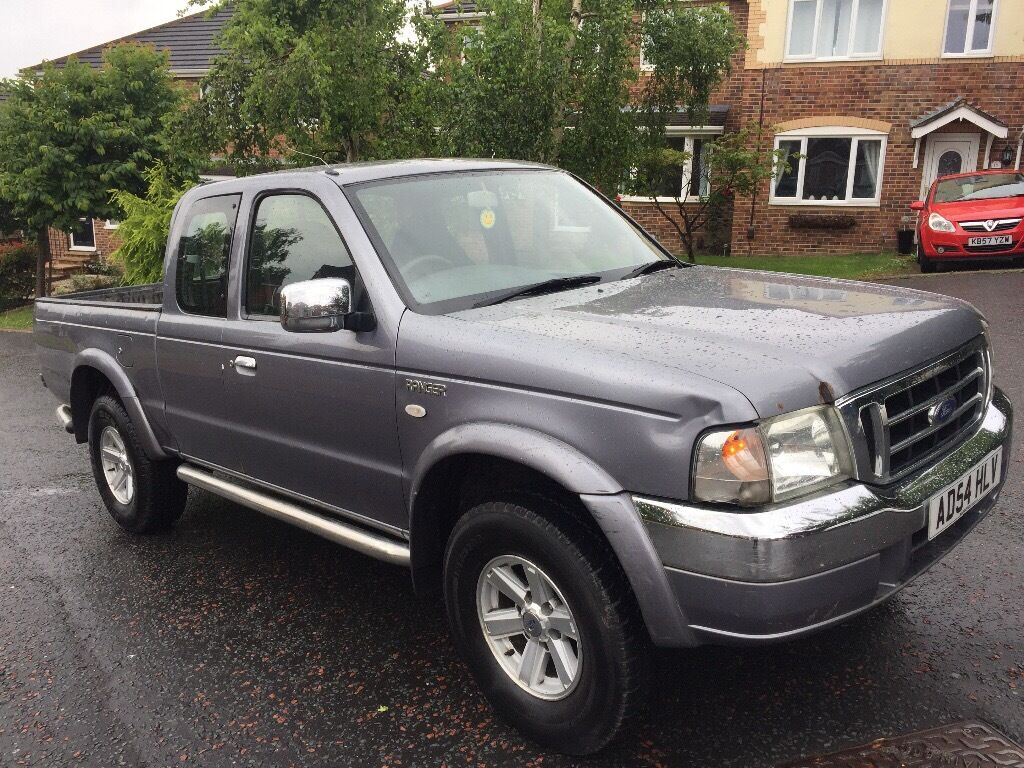 Ford ranger crew cab pick up 4x4 2005 model xlt drives great 12 months mot no