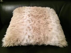 Sofa cushions and throw