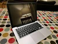 Macbook pro - i5 - 500gb - 8gb Ram - mid 2012