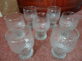GOBLET STYLE RIPPLE EFFECT GLASSES X 7 - VINTAGE DESIGN