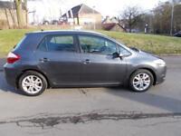 TOYOTA AURIS 1.3 TR VVT-I 5d 101 BHP (grey) 2012