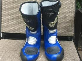Motorbike leathers boots