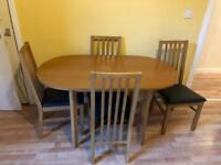 Oak effect extending dining table and 4 chairs
