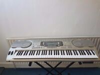 Casio WK-3700 76-Key Portable Electronic Keyboard with Double braced stand