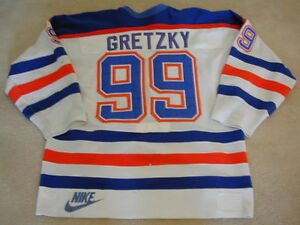 Wayne Gretzky game used worn jersey gloves helmet stick values Edmonton Edmonton Area image 4