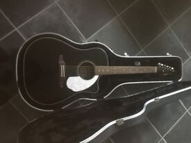 Fender Sonoran SCE Acoustic Guitar, Black. With Hardcase.
