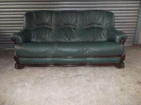 Green Leather 3-1-1 Oak Frame Suite (Sofa)