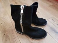 RIVER ISLAND BLACK SUEDE BOOTS
