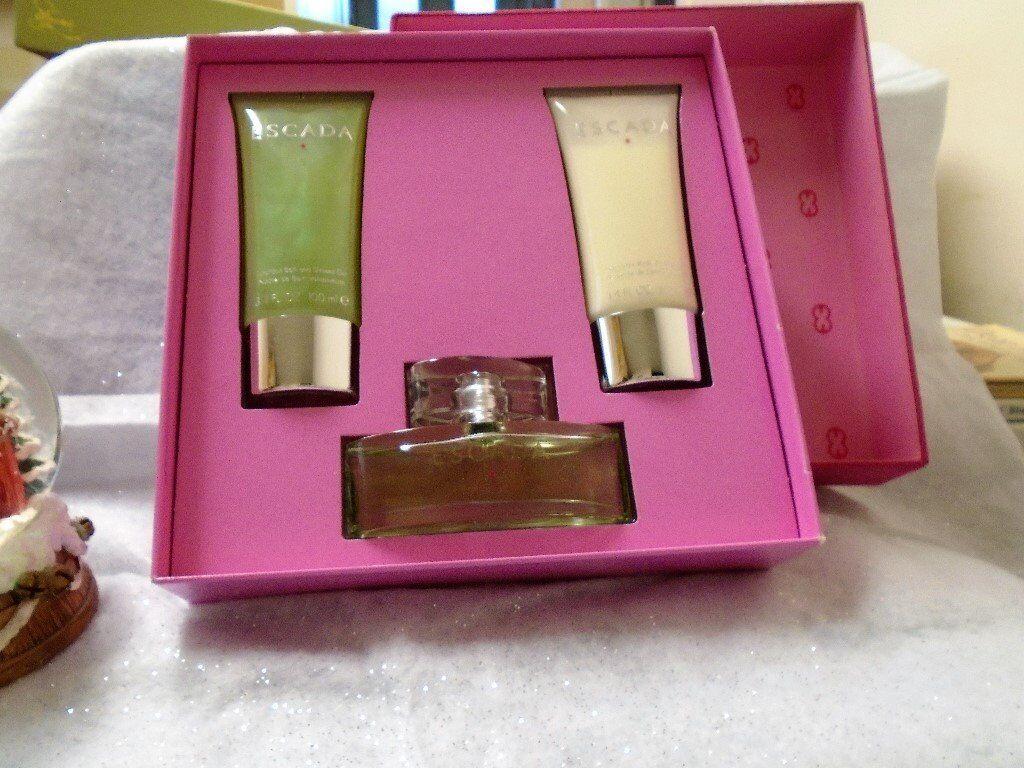 escada signature gift set rare/discontinued