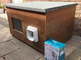 Cat house/cat box/ cat kennel with cat flap
