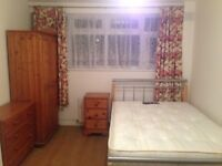 A large double room for rent near canning town underground .single person or couple are welcome