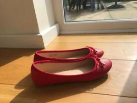Red dolly shoes size 3