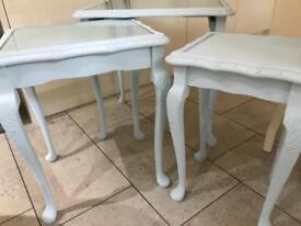 Shabby chic table set